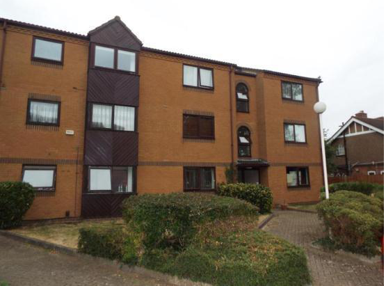 2 bed flat for sale in Westgate Court, Waltham Cross