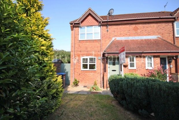 Thumbnail Semi-detached house to rent in Warelands, Burgess Hill