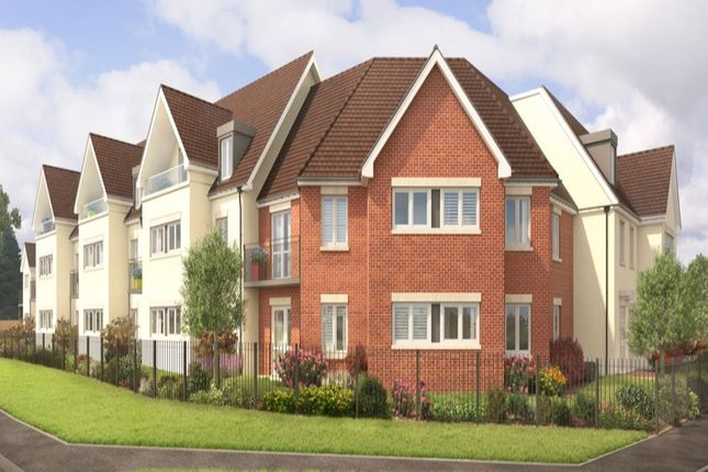Thumbnail Flat for sale in Holmer Green Road, Hazlemere, High Wycombe