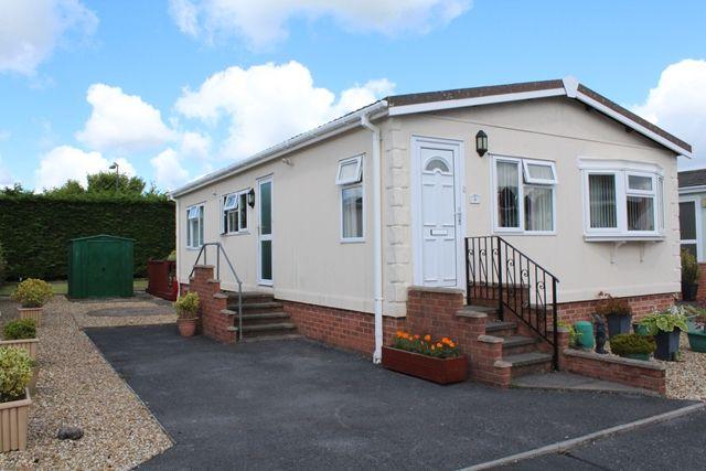 Mobile/park home for sale in 2 Bed Park Home, Shillingford Park, Kilgetty