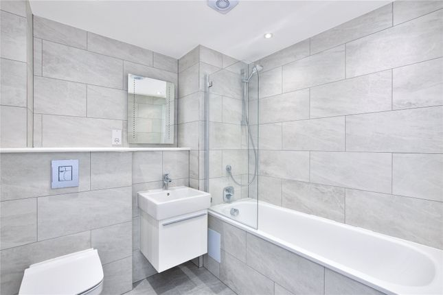 Bathroom of Chiltern Mews, High Street, Bovingdon HP3