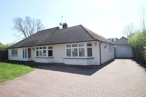 Thumbnail Bungalow to rent in Hayes Lane, Beckenham