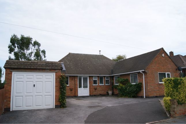 Thumbnail Detached bungalow for sale in Davenport Road, Leicester
