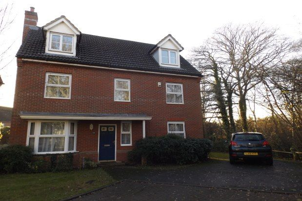 Thumbnail Property to rent in North Baddesley, Southampton