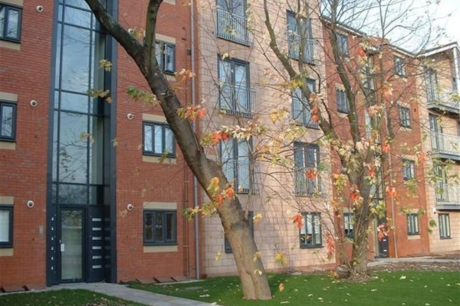 Thumbnail Flat to rent in Stretford Road, Hulme, Manchester