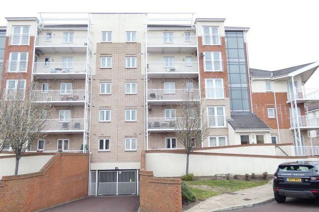 Thumbnail Flat to rent in Kingfisher Court, Dunston, Gateshead