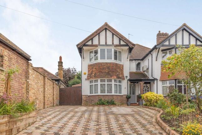 Thumbnail Property to rent in Nower Hill, Pinner