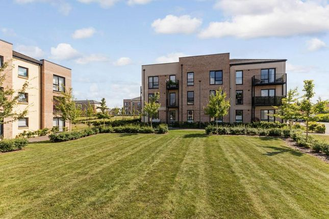 Thumbnail Flat for sale in Lowrie Gait, South Queensferry, Midlothian