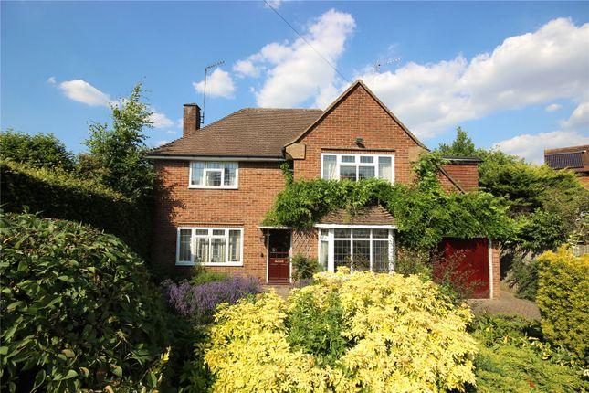Picture No. 14 of Sauncey Avenue, Harpenden, Hertfordshire AL5