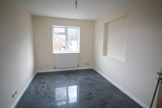 Thumbnail End terrace house to rent in Straight Road, Romford