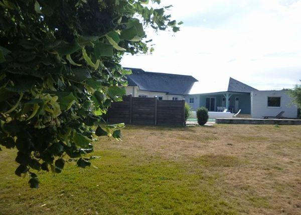 4 bed property for sale in 53200, Saint-Fort, Fr