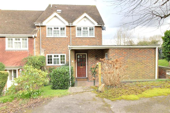 4 bed end terrace house for sale in Wakehams Hill, Pinner