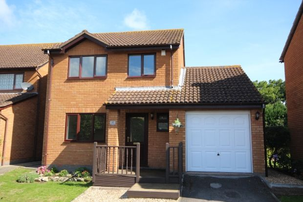 Thumbnail Detached house to rent in Grays Avenue, Westonzoyland, Bridgwater