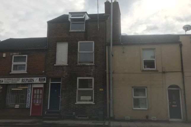 Thumbnail Flat for sale in Norwich Road, Wisbech, Cambridgeshire
