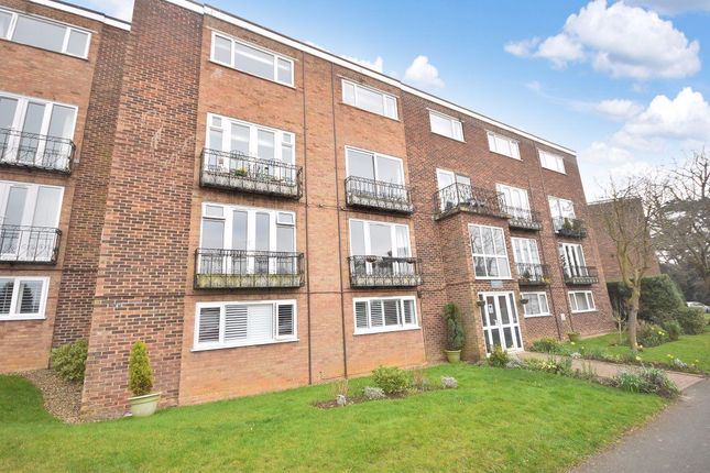 Thumbnail Flat to rent in Grosvenor House, Stortford Hall Park, Bishops Stortford