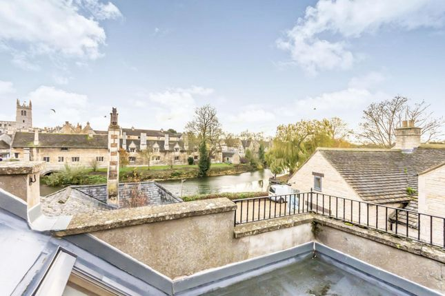 Thumbnail Flat to rent in St Mary's Hill, Stamford, Lincolnshire