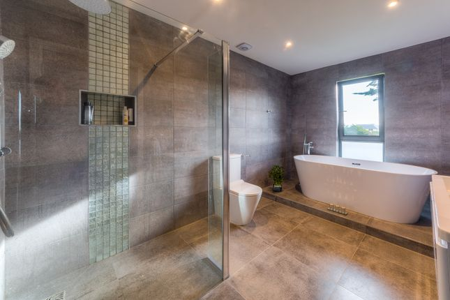 Shower Room of Middle Way, Kingston Gorse, East Preston, Littlehampton BN16