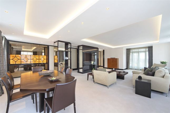 Thumbnail Flat to rent in Lowndes Lodge, 13-16 Cadogan Place, London