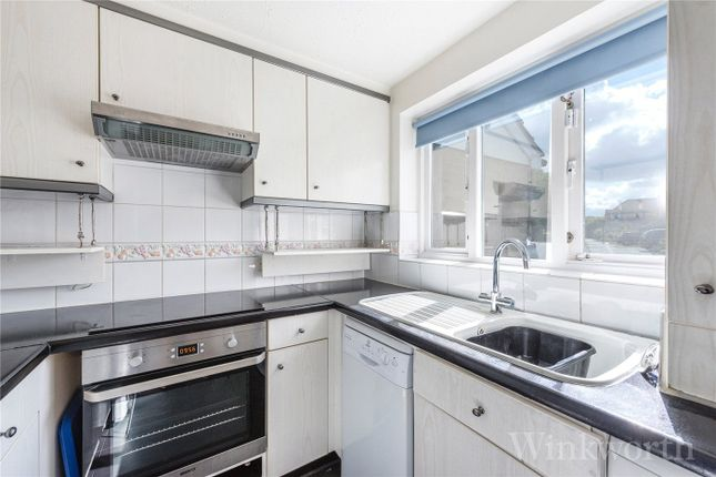 2 bed semi-detached house to rent in Farrow Lane, London SE14