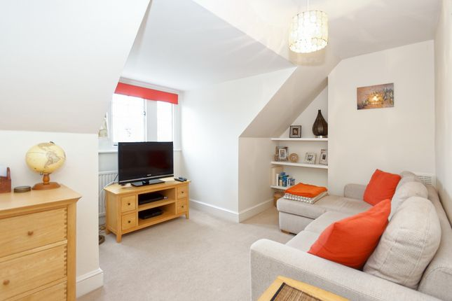 Thumbnail Flat to rent in Ardbeg Road, Herne Hill
