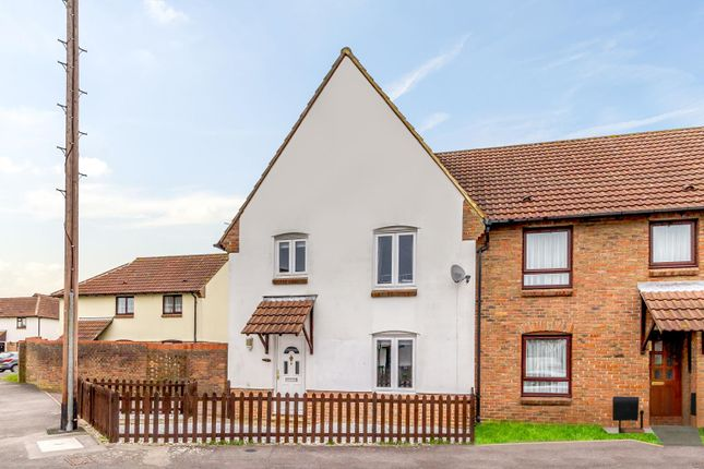 Thumbnail Terraced house for sale in Meads Close, Ingatestone
