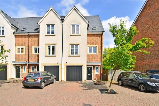 Thumbnail Town house for sale in Caberfeigh Close, Redhill, Surrey