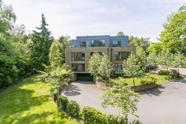 Thumbnail Flat for sale in Dunorlan Park, Pembury Road, Tunbridge Wells