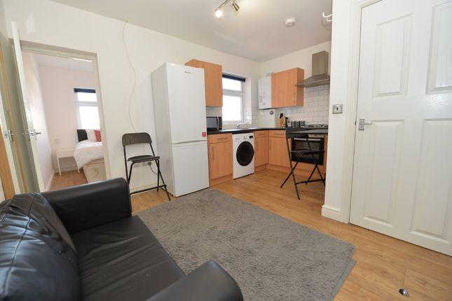 Thumbnail Flat to rent in Carlisle Road, Southampton