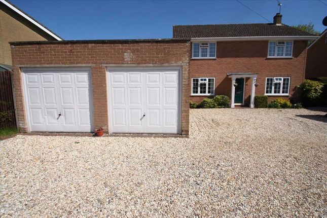 Thumbnail Detached house to rent in Oakley, Basingstoke, Hampshire