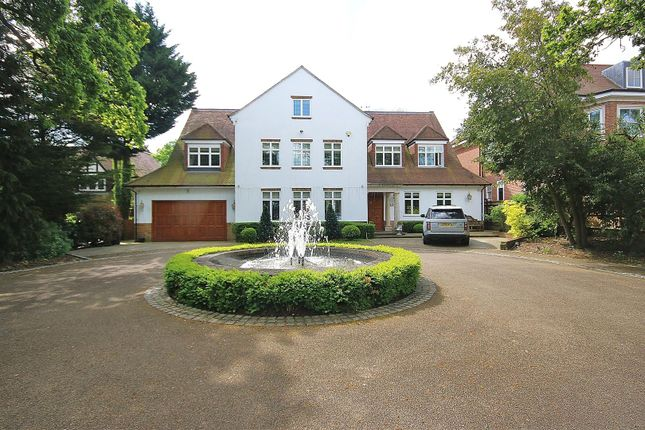 Thumbnail Detached house for sale in Beech Hill, Hadley Wood, Barnet, Herts