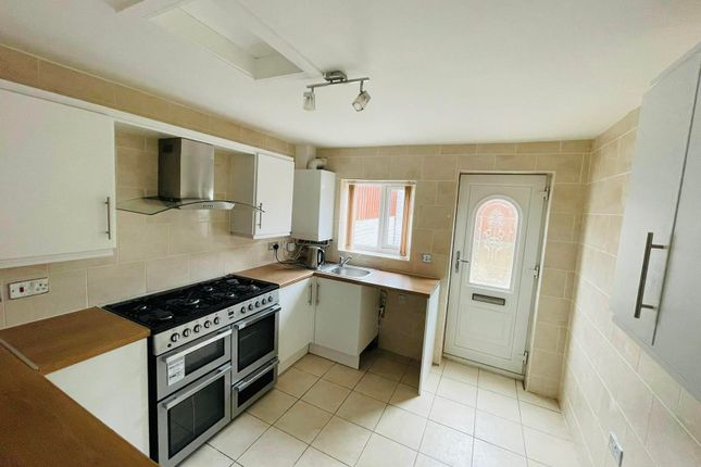 Studio to rent in Muglet Lane, Maltby, Rotherham S66