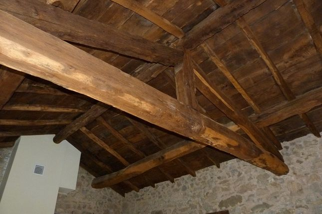Ceiling With Chestnut Beams