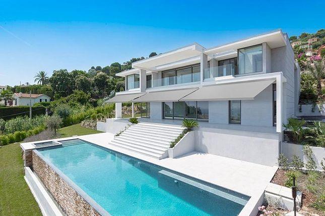 Villa for sale in 7 Bedroom Villa, Golfe-Juan, Provence-Alpes-Cote D'azur, France