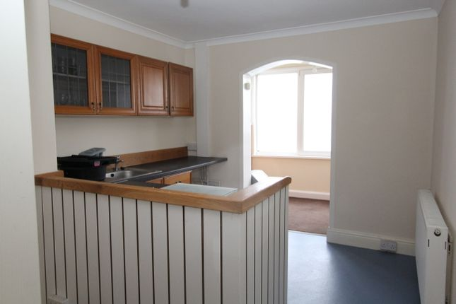 Thumbnail Flat to rent in Fore Street, Torpoint