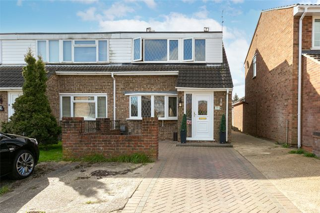 3 bed end terrace house for sale in Sandridge Close, Hemel Hempstead, Hertfordshire HP2