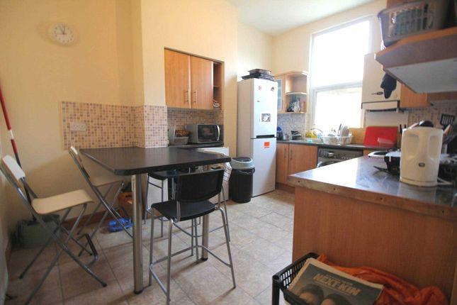 Thumbnail Flat to rent in Churchfield Road, London