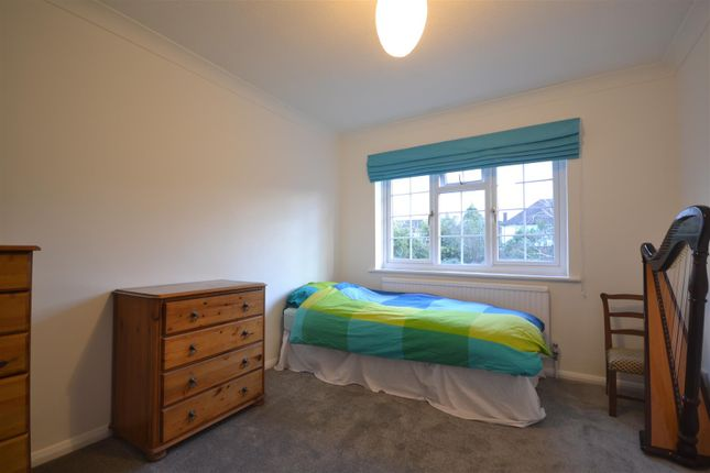Bed 4 of Windmill Close, Epsom KT17