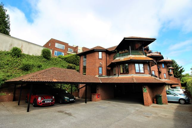 Thumbnail Flat for sale in Solsbro Road, Torquay