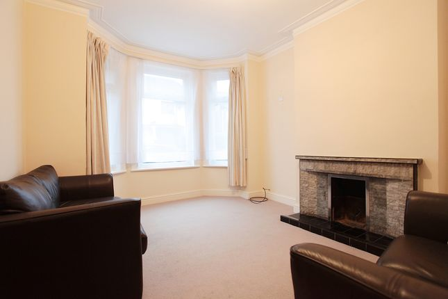 Thumbnail Terraced house to rent in Virginia Rd, London