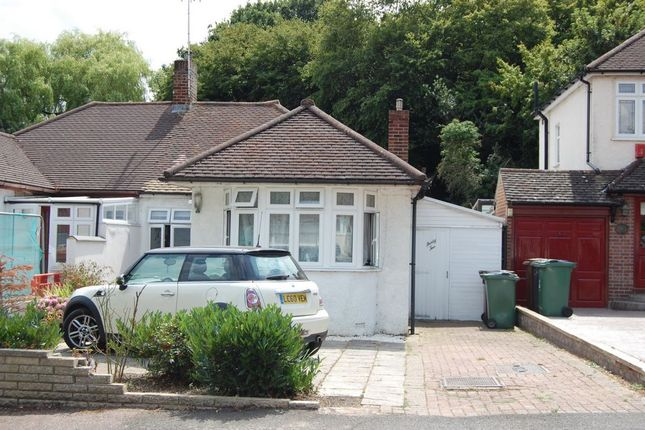 Thumbnail Bungalow for sale in Courtland Avenue, North Chingford