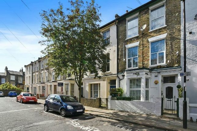 Thumbnail Maisonette for sale in Witley Road, London