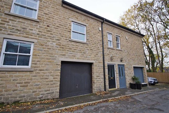 Thumbnail Town house to rent in Back Chatsworth Grove, Harrogate, North Yorkshire