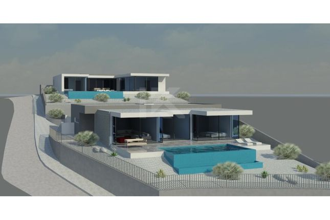 Thumbnail Detached house for sale in R. Da Achada 32, 9325-017 Estreito De Câmara, Portugal