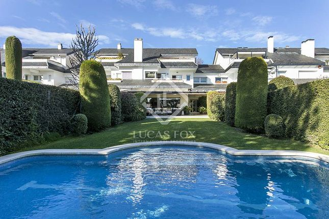 Thumbnail Villa for sale in Spain, Barcelona, Barcelona City, Pedralbes, Bcn4943