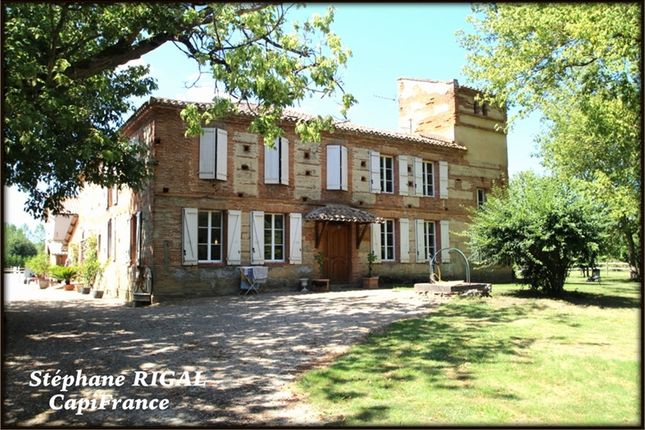 3 bed equestrian property for sale in Midi-Pyrénées, Tarn-Et-Garonne, Moissac