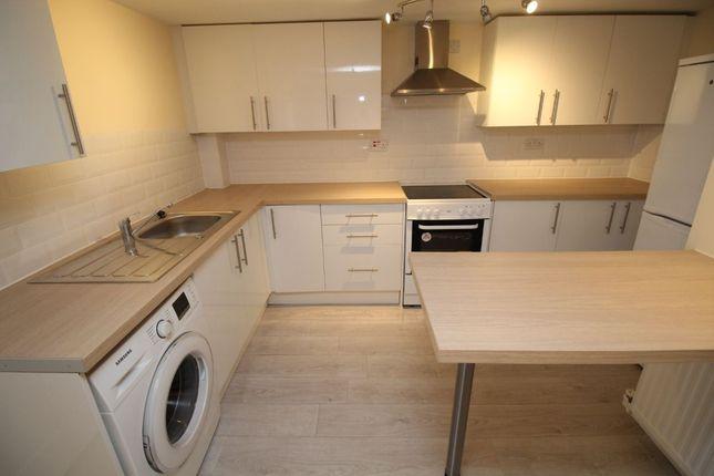 Thumbnail Flat to rent in Wellesley Villas, Wellesley Road, Ashford