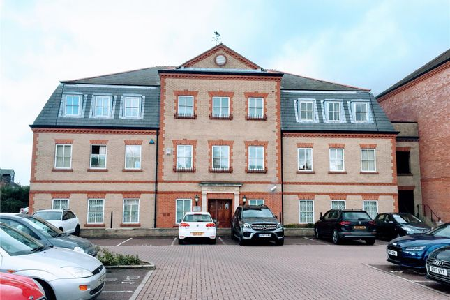 Thumbnail Office to let in Peregrine House, Bakers Lane, Epping, Essex