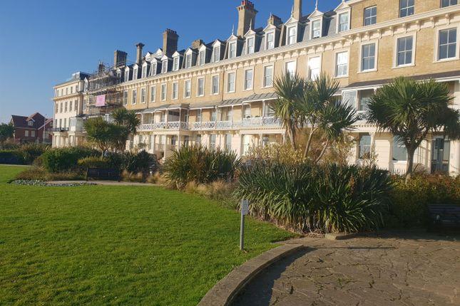 Flat in  Heene Terrace  Worthing  West Sussex B Brighton