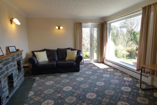 Living Room of Westaway Drive, Hakin, Milford Haven SA73