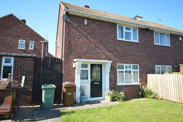 Thumbnail Semi-detached house to rent in Dawtrie Close, Castleford